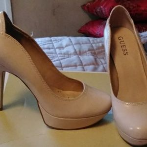 Does patent leather nude shoe